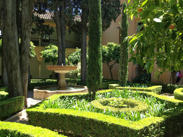 Lush Alhambra courtyard on Semi-Charmed Kind of Life