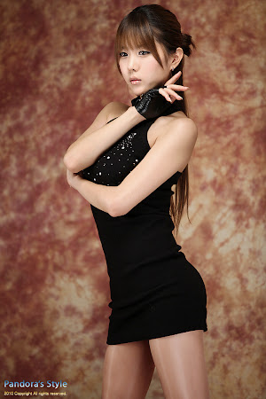 Heo Yun Mi, Sexy in Black (02)