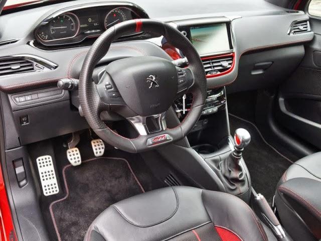 2013 Peugeot 208 GTI interior