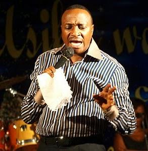 """Bofya hapo chini kuingia kwenye tovuti ya kanisa la """"Living Water Worship Centre"""""""