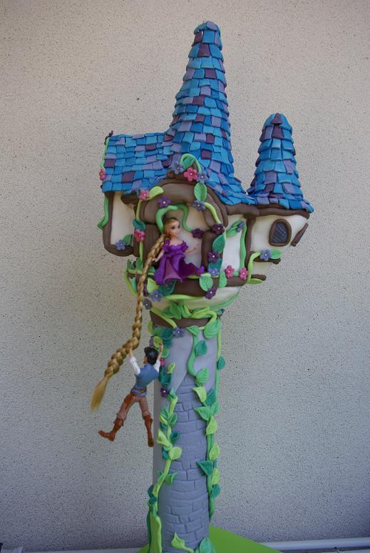 Castillo de rapunzel en goma eva - Imagui
