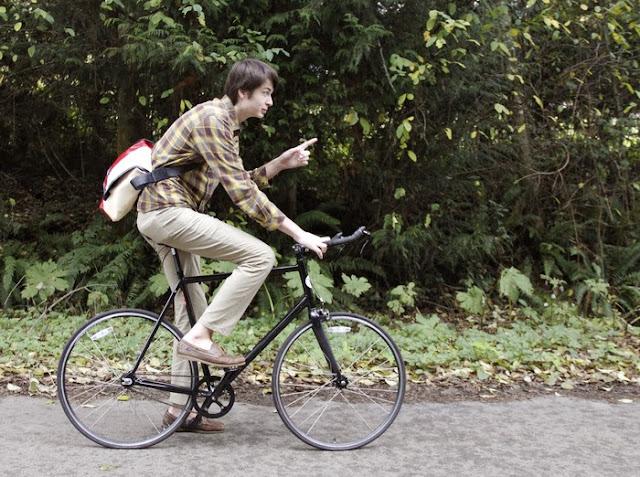 Ledge Pants, los pantalones resistentes, pueden utilizarse para hacer cualquier deporte, como ciclismo