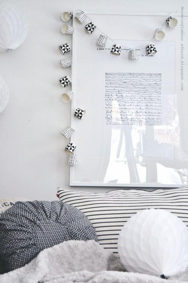 http://decoracion.facilisimo.com/foros/trucos-y-consejos/nos-hacemos-una-guirnalda-de-luces-low-cost_925283.html