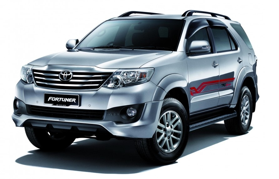 Toyota Fortuner facelifted again !