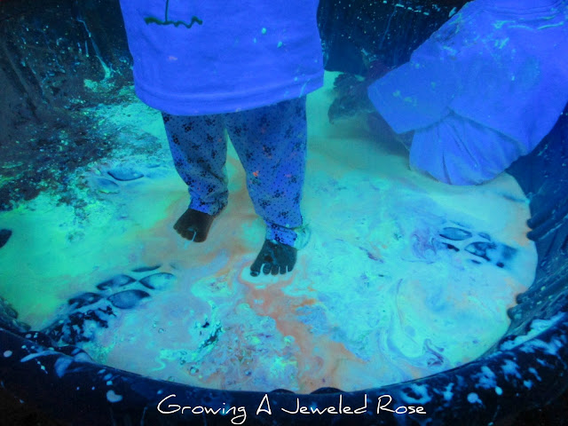 glowing goop sensory activity