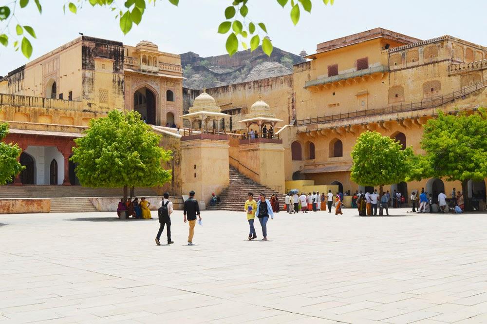Tourist Amer Palace (fort)