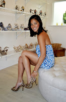 Olivia Munn trying on some sexy shoes