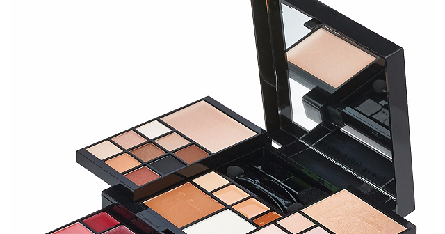 the it cosmetics most wished for holiday palette is here the