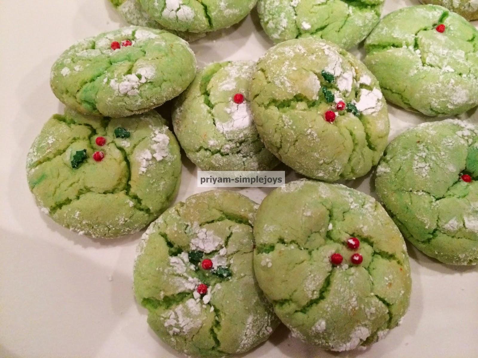 Simplejoys Holly Cookies