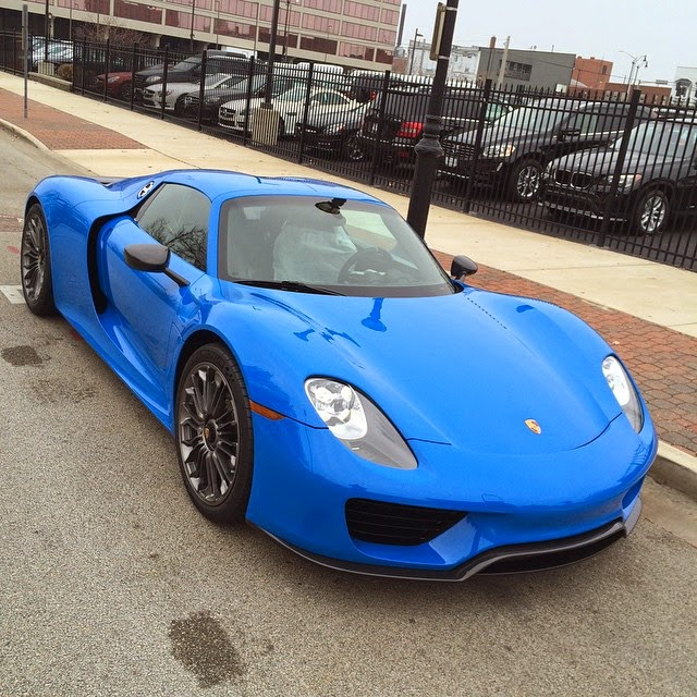 the gear shift photos voodoo blue porsche 918 spyder. Black Bedroom Furniture Sets. Home Design Ideas
