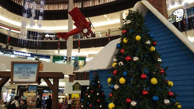 JAT Paradigm Mall - Red Baron