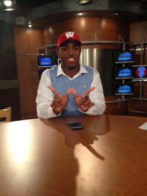 Wisconsin adds three-star DE prospect Keldric Preston to its 2016 recruiting class.