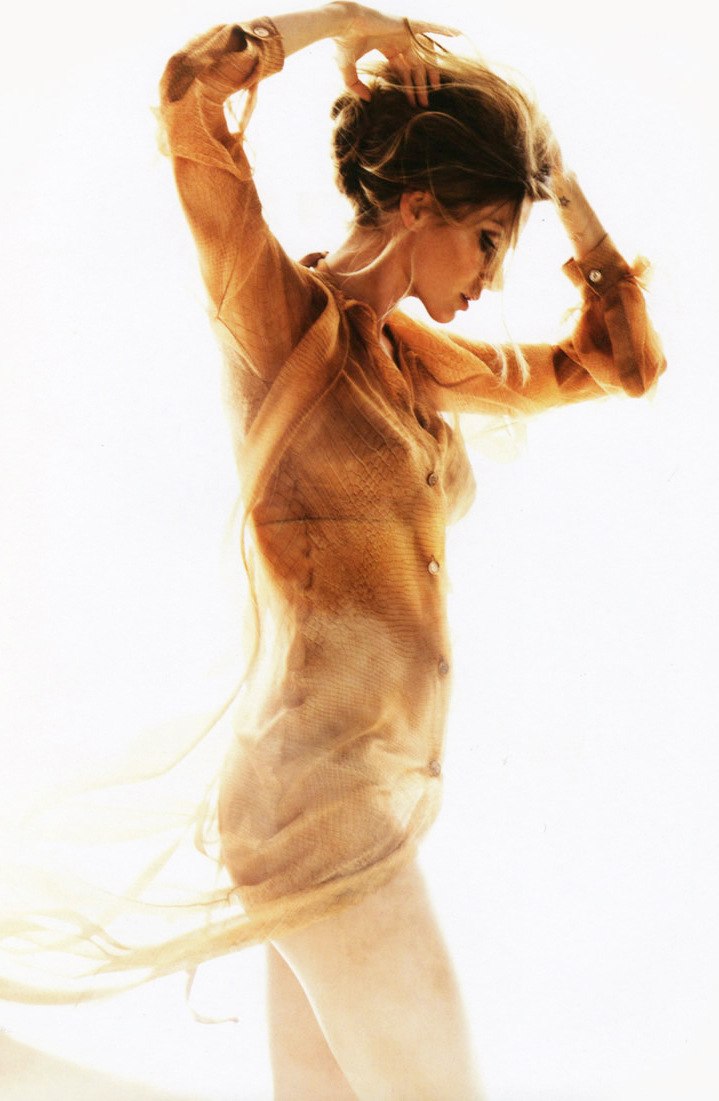 via fashioned by love | Gisele Bundchen in Muse Summer 2010 (photography: Nino Munoz)