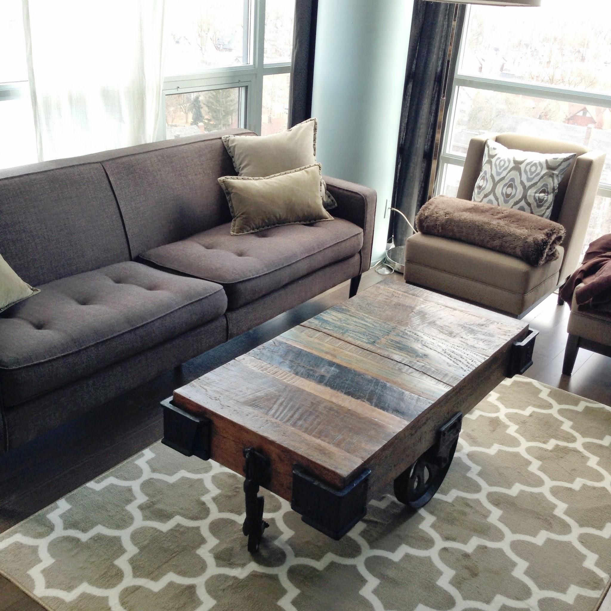 Little bits blogs best find target maples fretwork rug for Living room rugs target