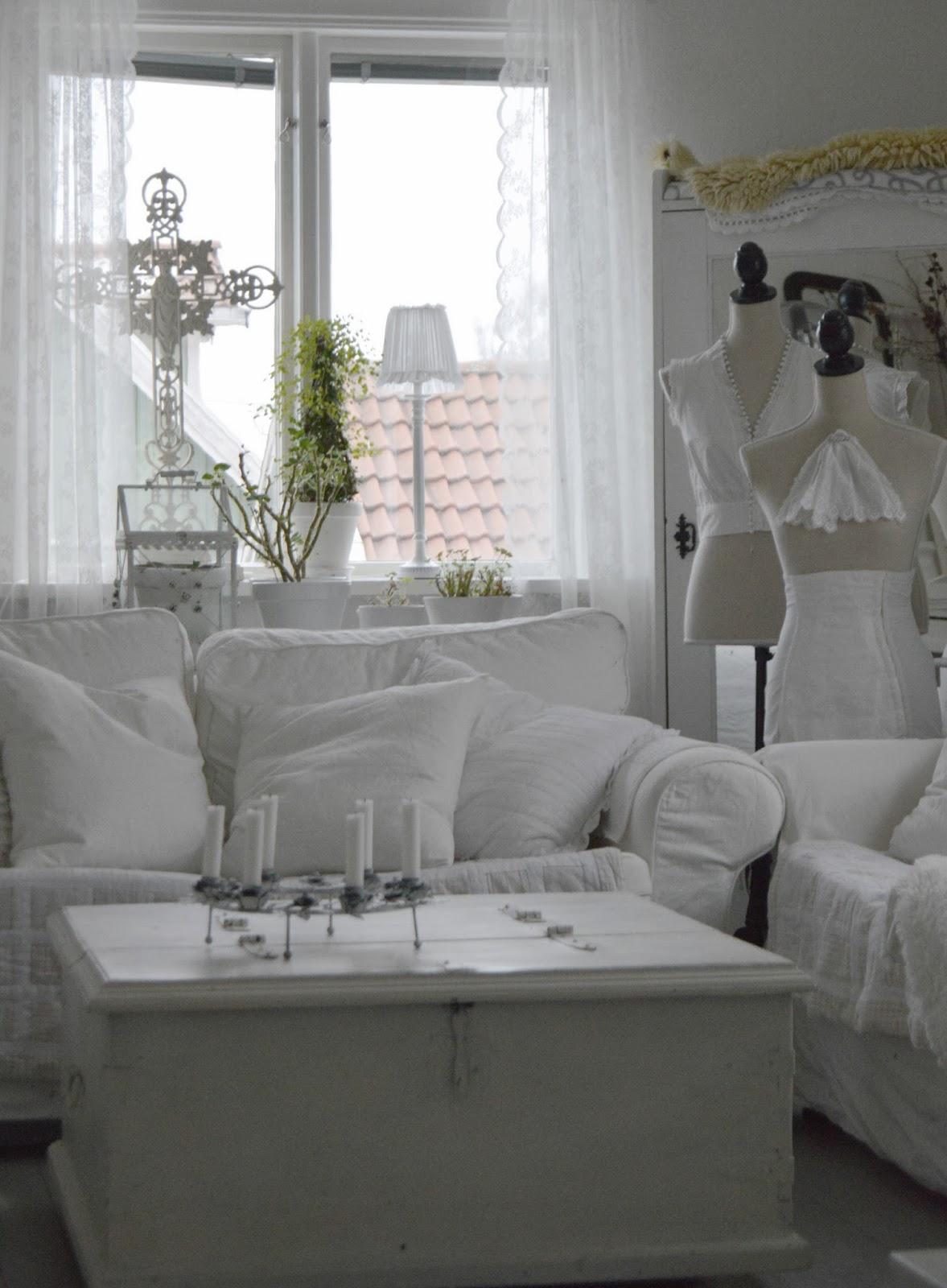Hagbacken.blogspot.se ~: soffan och tvättstugan