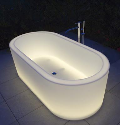 bañera con luz