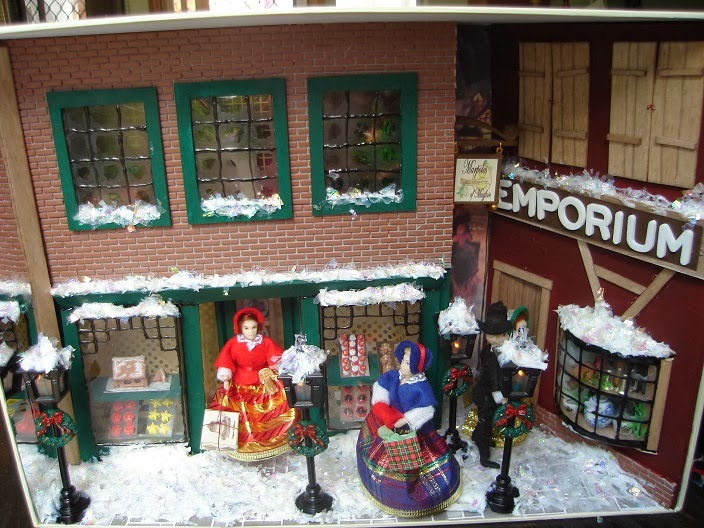 Rushed Through To Be Ready For Christmas Was The Victorian Street Scene In 24th 1 2 Scale This Is Built Into A Cheap Christmas Gift Box And Is Set