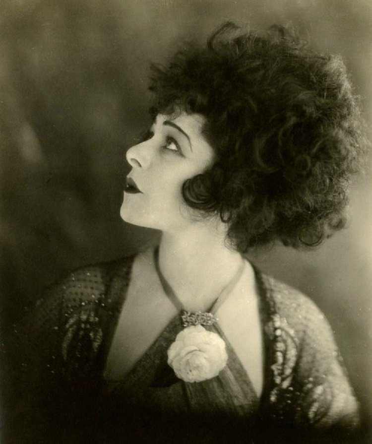 alla-nazimova-portrait-in-the-silent-fil