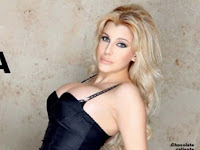charlotte caniggia operada 2013