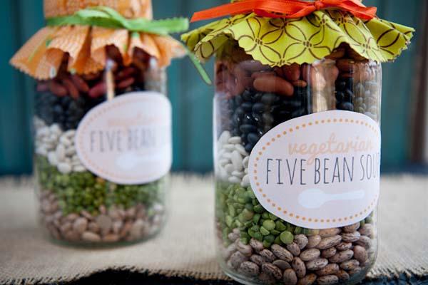 http://backtoherroots.com/2012/12/03/handmade-holiday-vegetarian-five-bean-soup-mix/