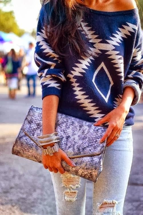 Adorable single shoulder sweater fashion inspiration