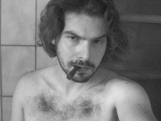 Luca Bagatin: siamo ideologi, intellettuali o pornodivi?
