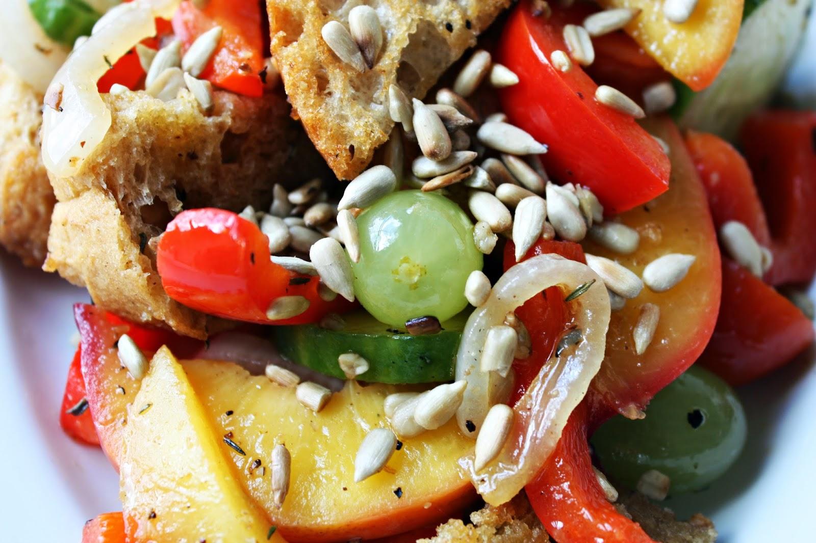 Italienischer Brotsalat Panzanella