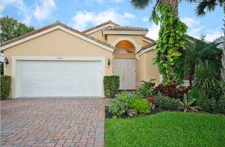 RECENTLY CLOSED... beautiful 3 bedroom home in Cascade Lakes, Boynton Beach