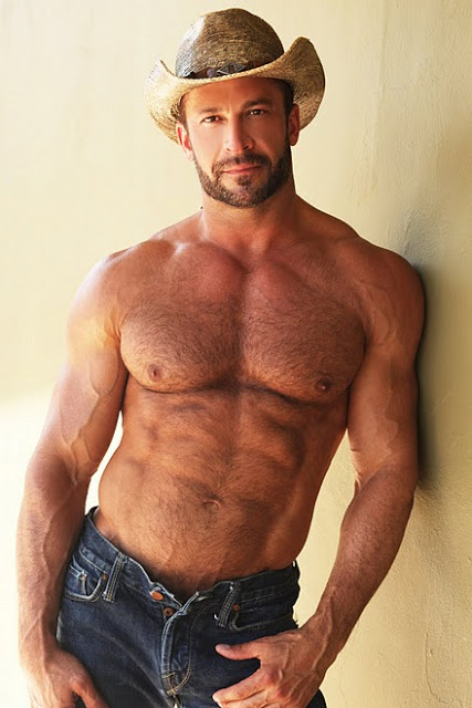 SEXY GUYS IN JEANS: HAIRY COWBOYS