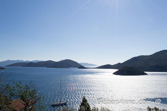 minik adalar ve yarımadalar ile kaplı Bozburun açıkları ve güzel denizi, Marmaris