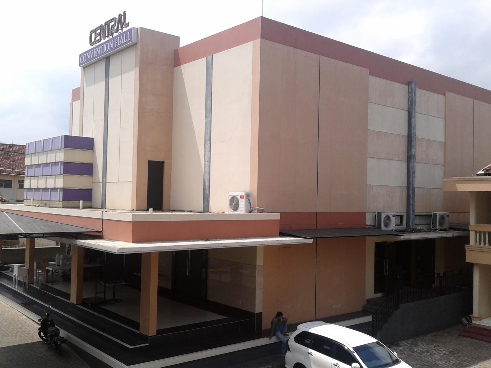 Hotel Istana Permata Ngagel Hotel Bebas Jakarta