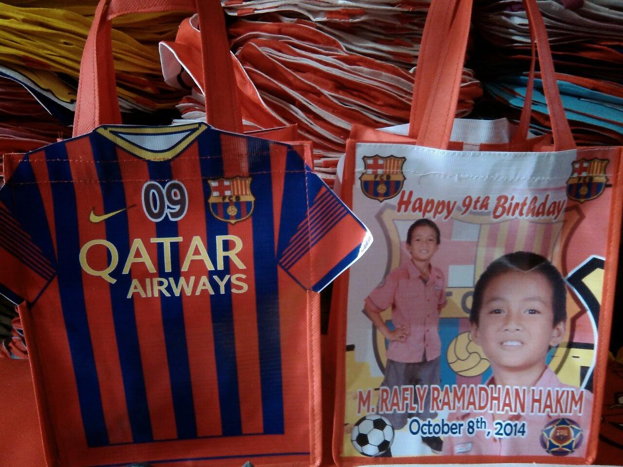 souvenir tas ultah anak bola