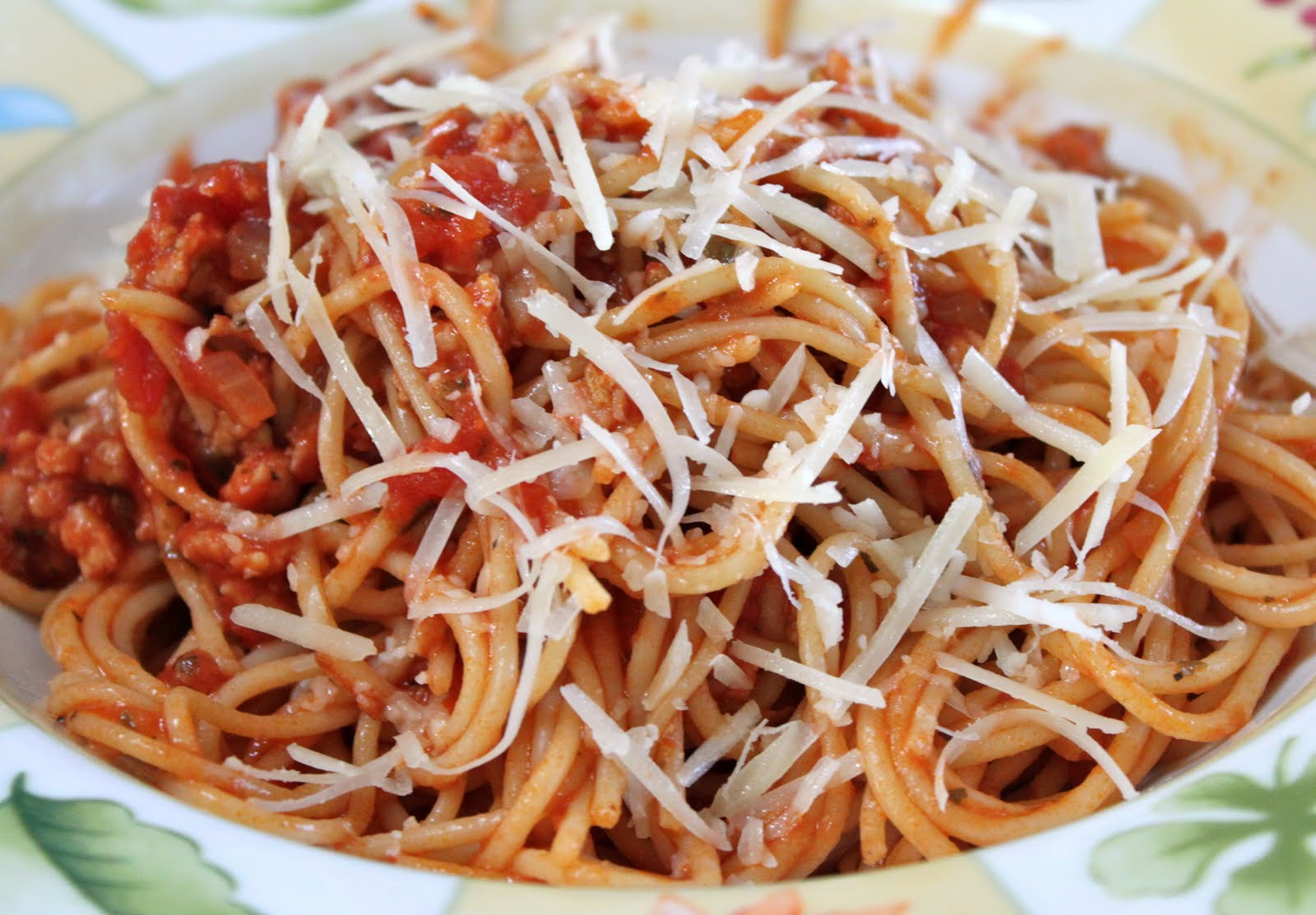 my nutritious dish: pasta sauce with sweet italian turkey sausage