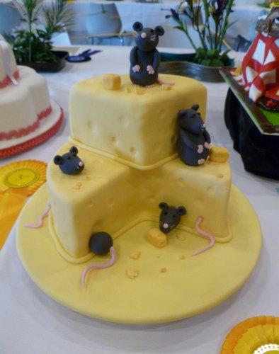 Cake Decorating Lower Hutt : Tales from a Caffeinated Weka: Wellington Regional ...