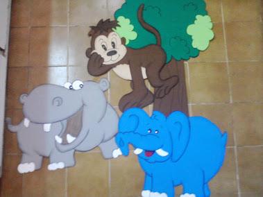 animales de la selva en goma eva 60cm $150
