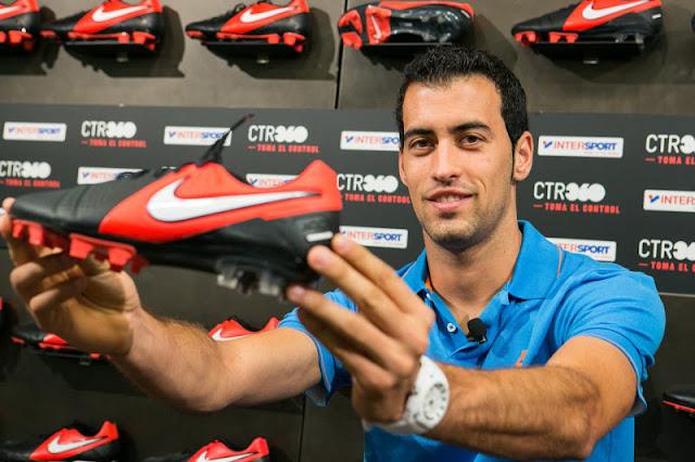 Busquets se queda en Nike