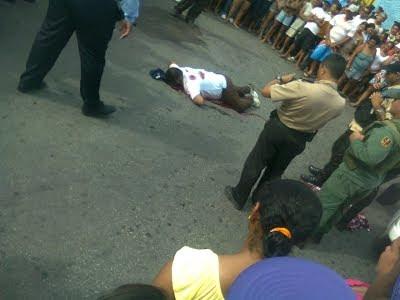 Fotos Perturbadoras+ Lo acribillan a tiros y lo dejan baleado en