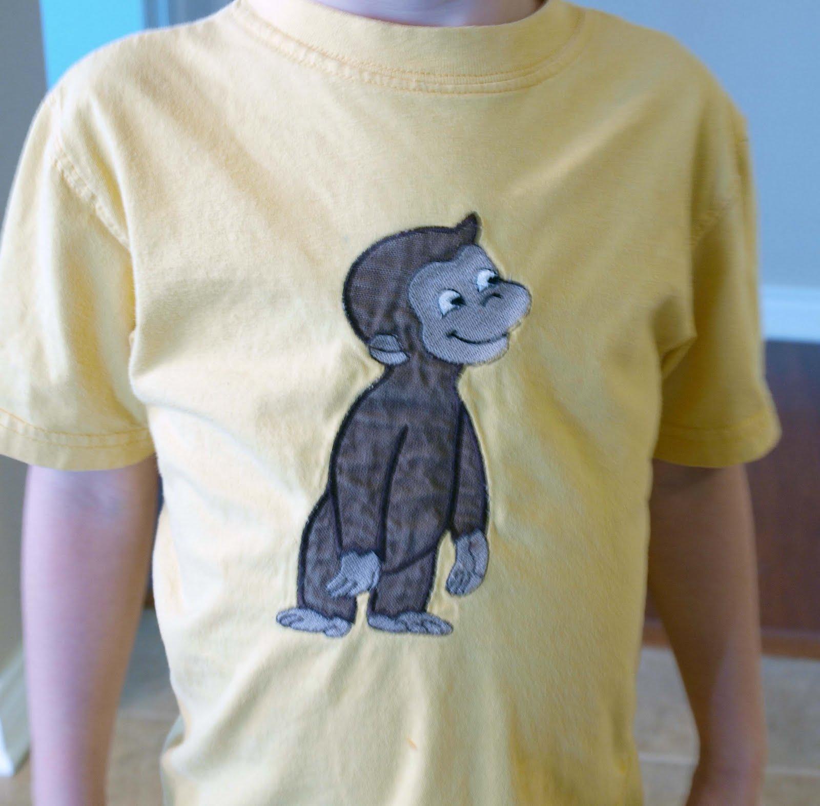 http://4.bp.blogspot.com/-BOsNjUVMdlE/TbSrdrVgb2I/AAAAAAAAAwM/O47H3QxefEY/s1600/Curious+George+Shirt.jpg