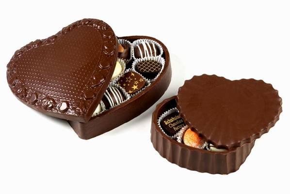 علب وأكواب من الشوكولاته تؤكل image016-788089.jpg