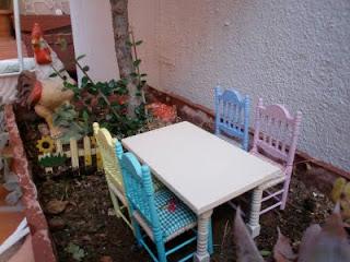 silla de cocina para casa de muñecas
