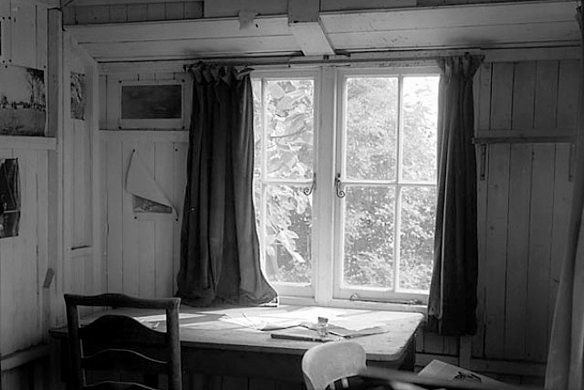 Interior of the shed where Dylan Thomas wrote, at his home in Laugharne, 1955, via The National Library of Wales.