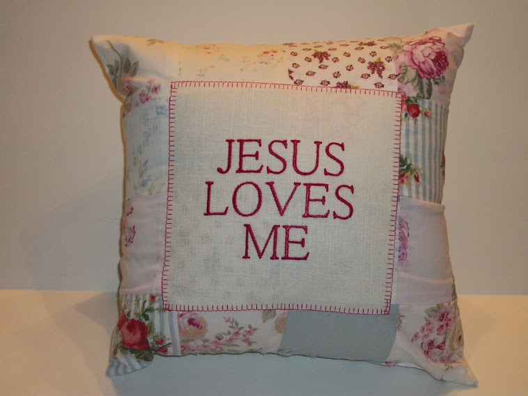 JESUS LOVES ME - Pink/blue/sage