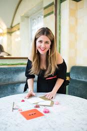 Hi! I'm Becca, a London based event planner, event designer, blogger and entertaining lover.