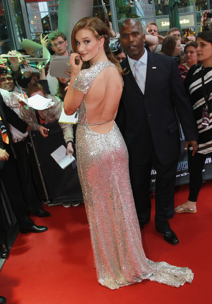 Rosie Huntington Whiteley 25Jun2011B Silver+back+dress