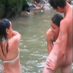 Putaria No Riacho - http://putinhasamadoras.com