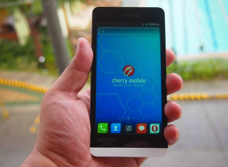Cherry Mobile Ultra Unboxing, Preview And Initial Impression Front
