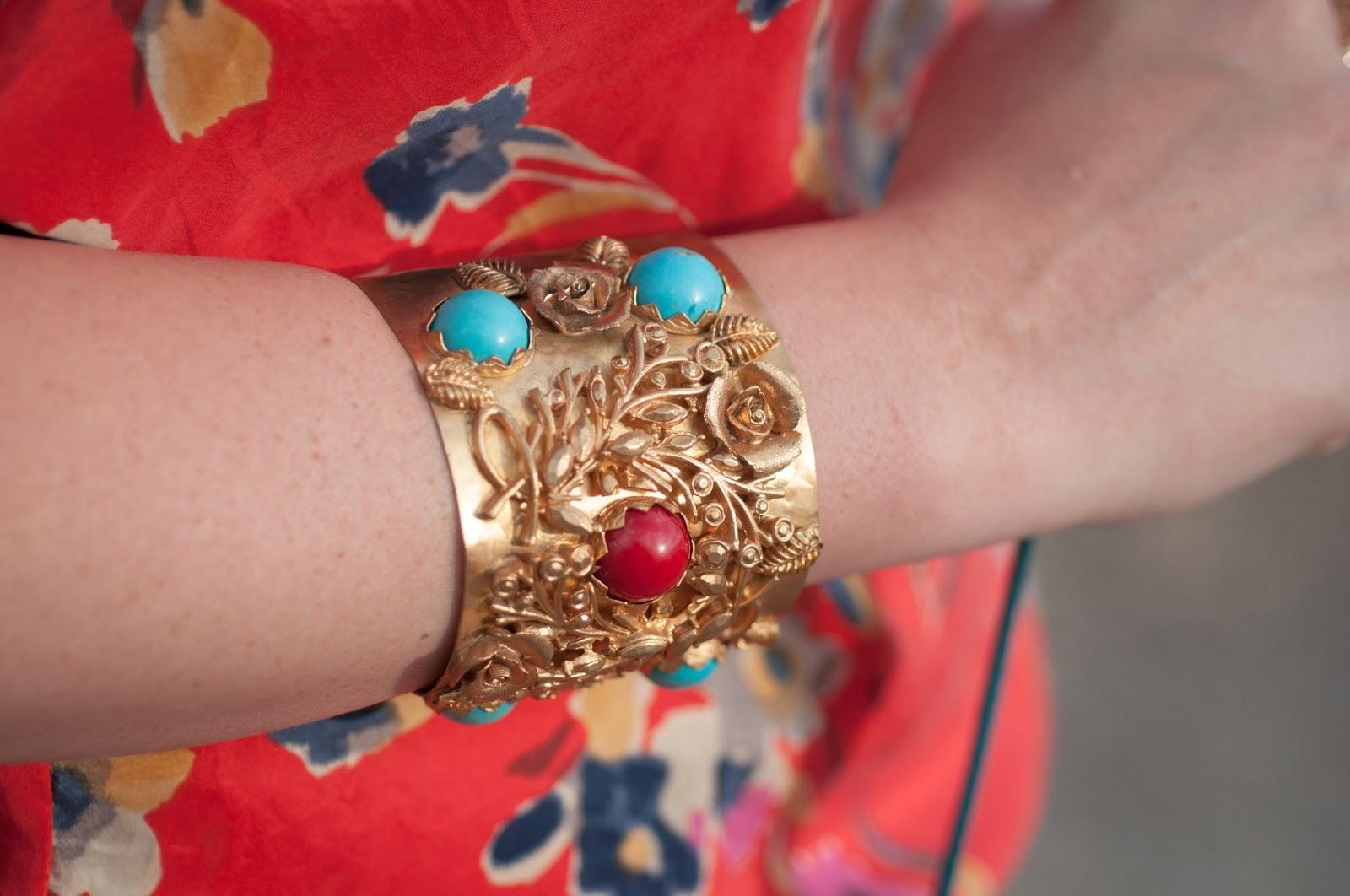 style blog, fashion blog, cuff, gold cuff, turkish bazaar, anthropologie, ootd