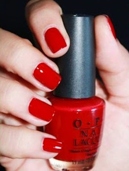 "Esmaltes O.P.I color ""Quarter of a Cent Cherry"""