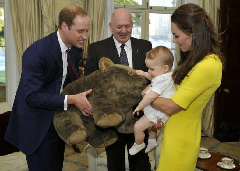 Kate Middleton Prince William Prince George baby - Hello, Handbag