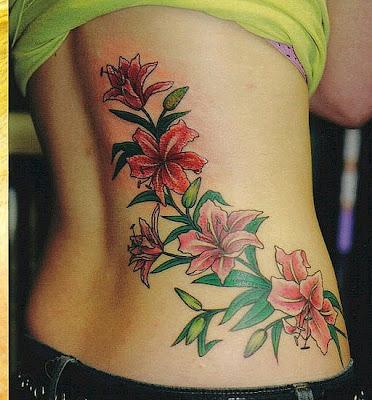tatuaje para mujeres flores